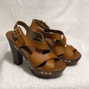 Candie's chunky platform heels size 8